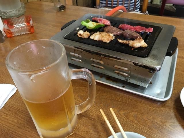 生ビールと各種ホルモン